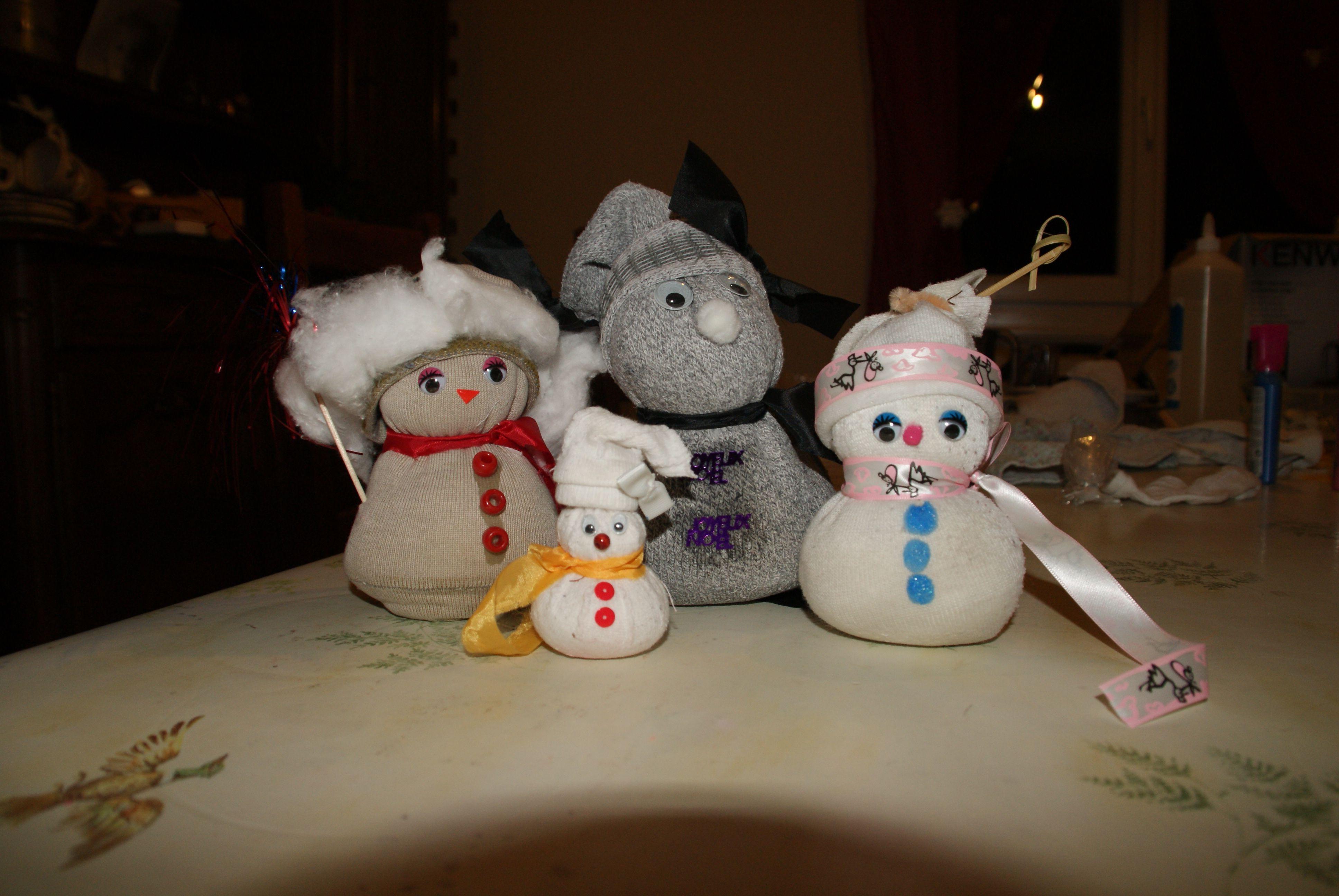 La tribu des bonhommes de neige - Bonhomme de neige en chaussette ...